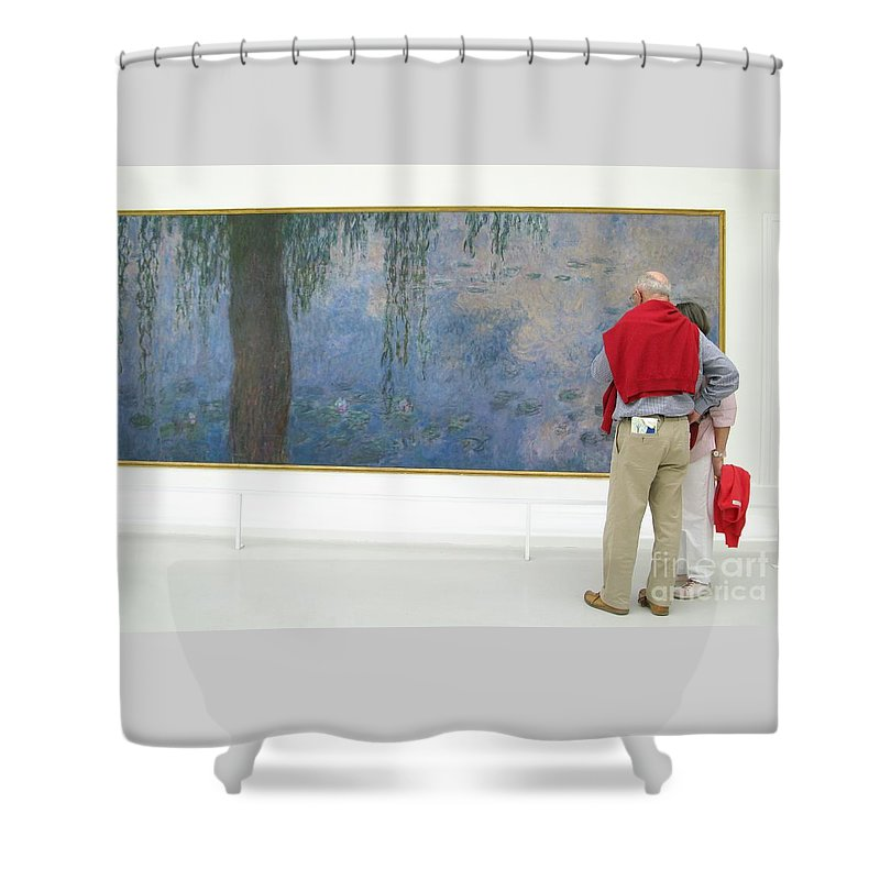 Art Shower Curtain featuring the photograph Admiring Fine Art by Ann Horn