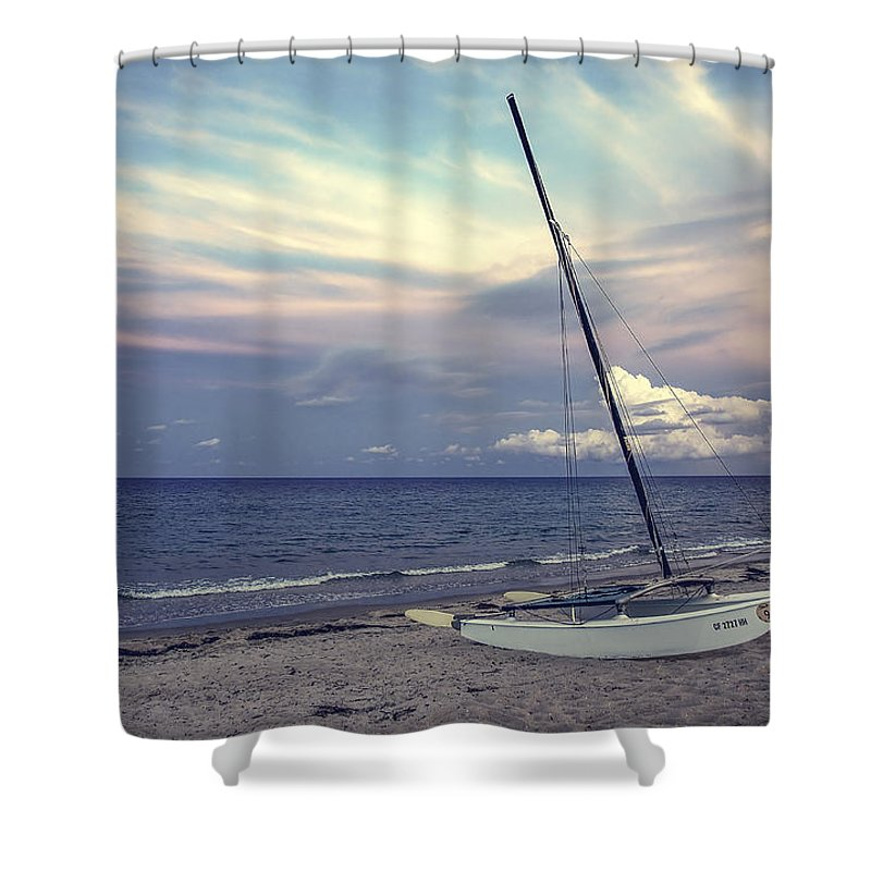 Catalogo General Shower Curtain featuring the photograph After Storm by Hector Lincz