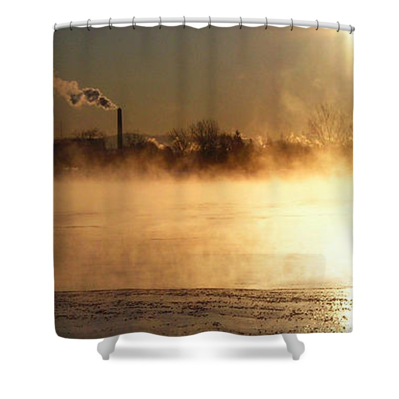 North America Shower Curtain featuring the photograph Another Cold Day by Juergen Weiss
