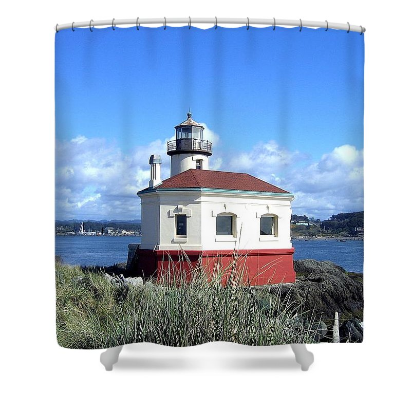 Coquille Lighthouse Shower Curtain featuring the photograph Bandon 1 by Will Borden