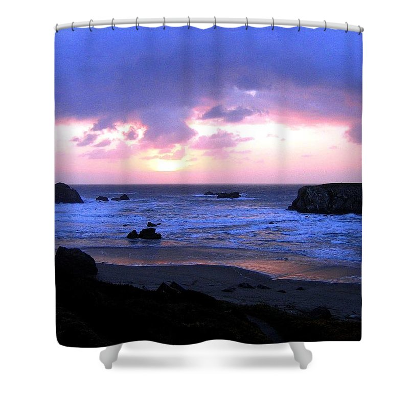 Bandon Shower Curtain featuring the photograph Bandon 27 by Will Borden