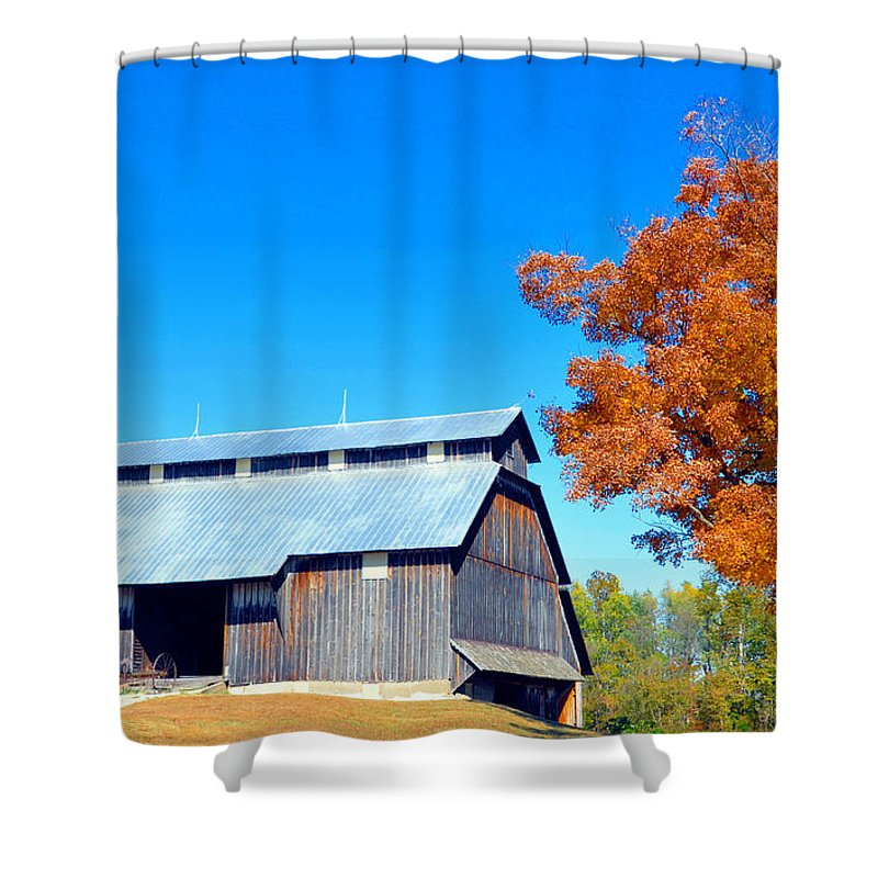 Farm Building Shower Curtain featuring the photograph Barn In The Fall by Brittany Horton