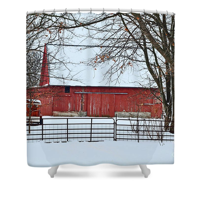 Snow Shower Curtain featuring the photograph Barn In The Winter by Brittany Horton