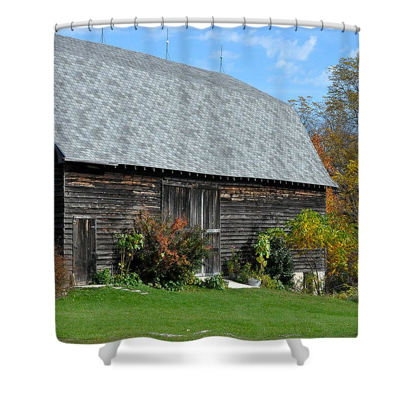 Barn Shower Curtain featuring the photograph Barnwood by Tim Nyberg