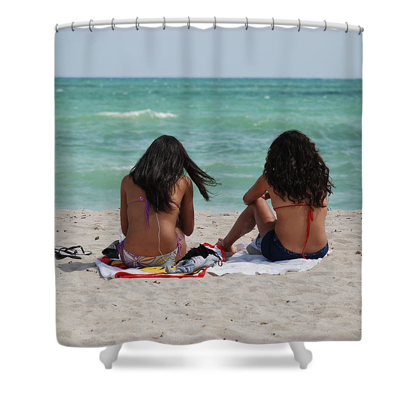 Women Shower Curtain featuring the photograph Beauties On The Beach by Rob Hans