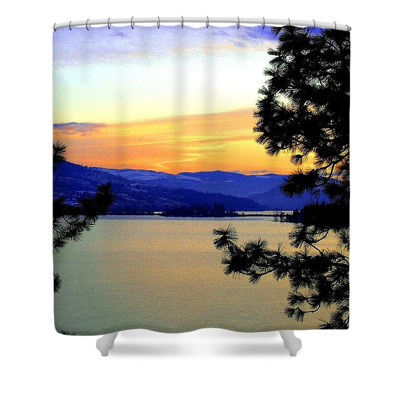 Oyama Shower Curtain featuring the photograph Beautiful Oyama Isthmus by Will Borden
