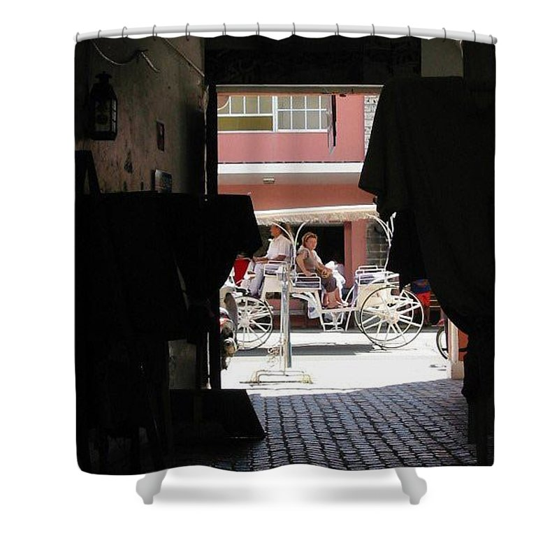 Bermuda Shower Curtain featuring the photograph Bermuda Carriage by Ian MacDonald