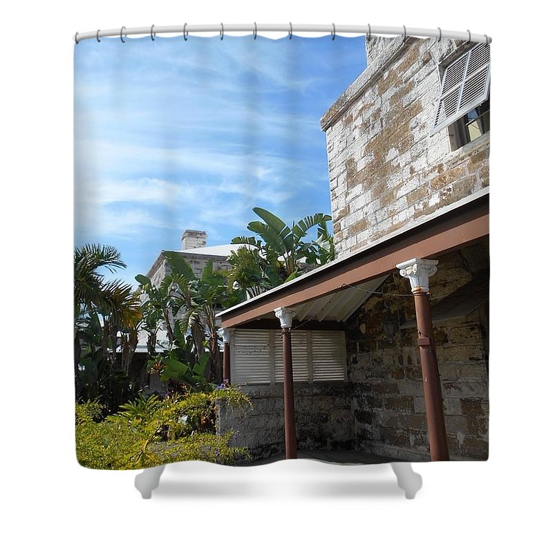 Bermuda Shower Curtain featuring the photograph Bermuda Style Iv by Carolyn Quinn