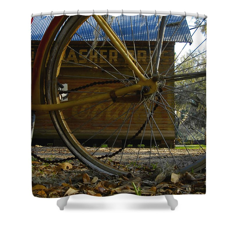 Bicycle Shower Curtain featuring the photograph Bicycle At Micanopy by David Lee Thompson