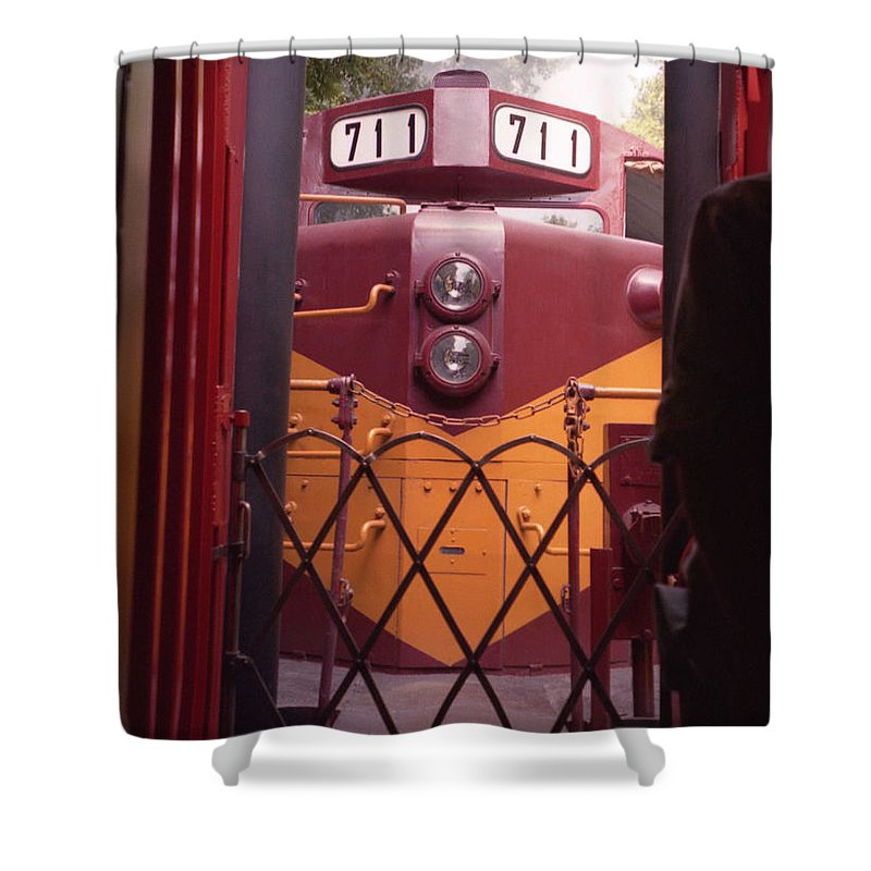 Trains Shower Curtain featuring the photograph Big Red by Richard Rizzo