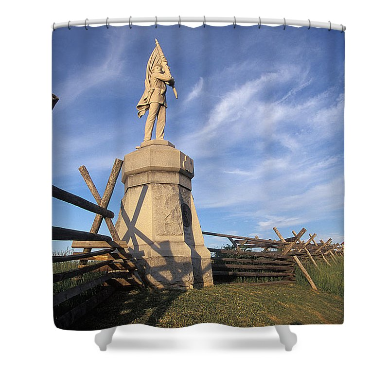 Bloody Shower Curtain featuring the photograph Bloody Road With A Statue by Richard Nowitz