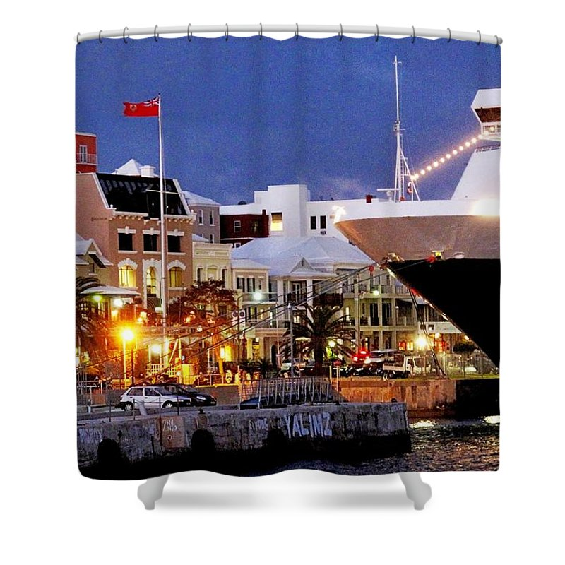 Hamilton Shower Curtain featuring the photograph Boat Is In On Front Street by Ian MacDonald
