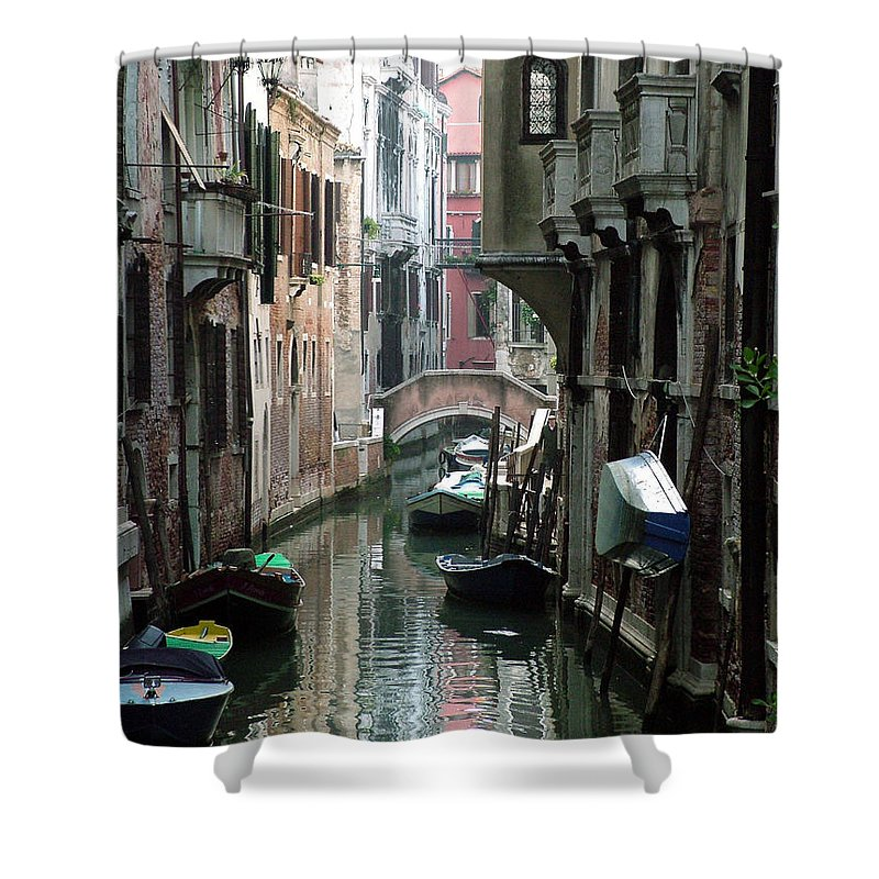Venice Shower Curtain featuring the photograph Boat On The Wall by Donna Corless