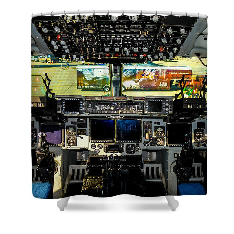 Calfiornia Shower Curtain featuring the photograph Boeing C-17 Globemaster IIi Cockpit by Tommy Anderson