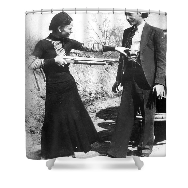 1933 Shower Curtain featuring the photograph Bonnie And Clyde, 1933 by Granger