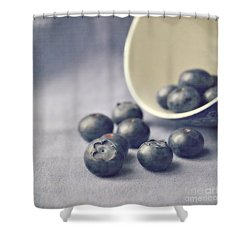 Blueberries Shower Curtain featuring the photograph Bowl Of Blueberries by Lyn Randle