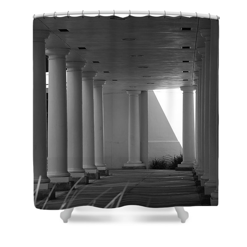 Black And White Shower Curtain featuring the photograph Breezeway by Rob Hans