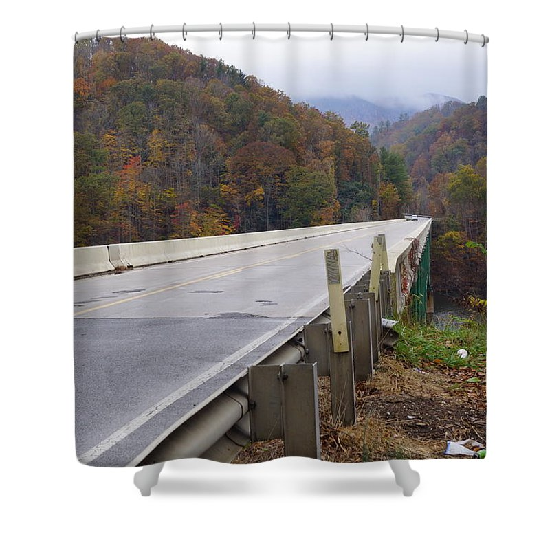 Bridge Shower Curtain featuring the photograph Bridge At Butler by Phyllis Dabbs