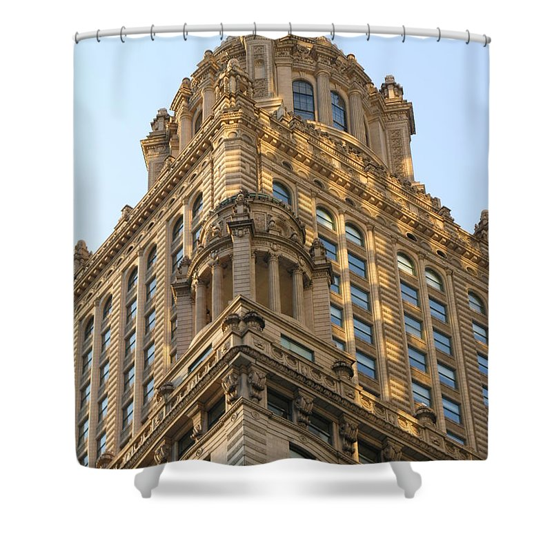 Building Shower Curtain featuring the photograph Building Chicago by Diane Greco-Lesser