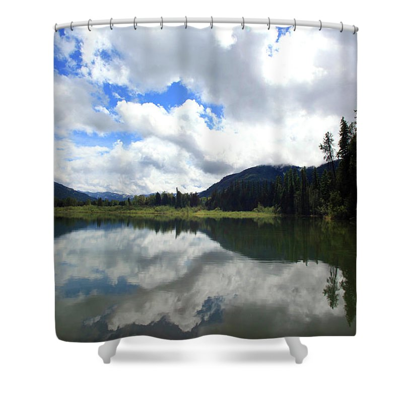 Bull Lake Shower Curtain featuring the photograph Bull Lake Cloud Reflection by Tracy Chappell