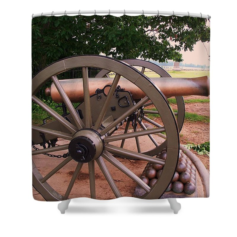Field Shower Curtain featuring the painting Cannon Gettysburg by Eric Schiabor