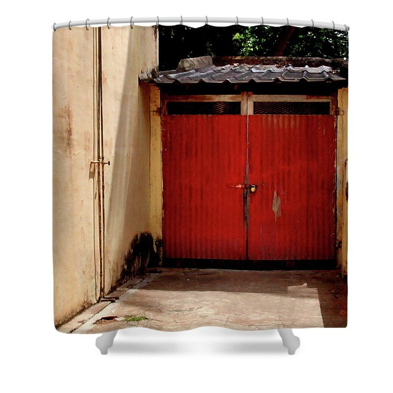 India Shower Curtain featuring the photograph Car Garage on Church Street, Bangalore by Misentropy