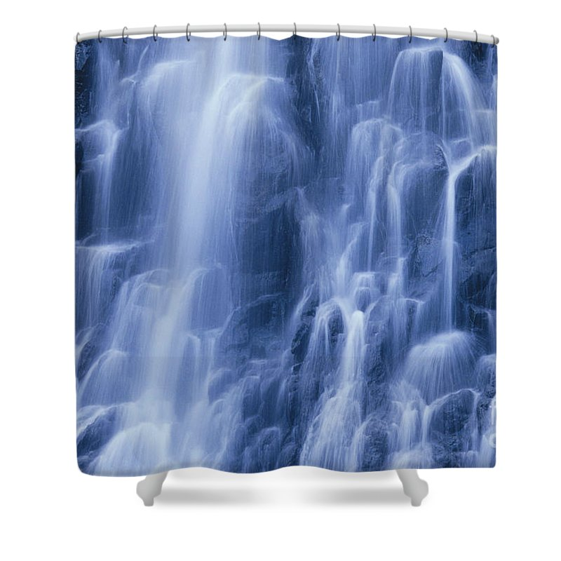 Active Shower Curtain featuring the photograph Caroline Islands, Pohnpei by Greg Vaughn - Printscapes