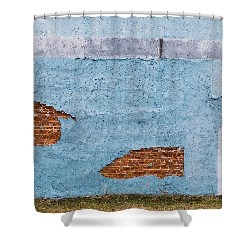 Color Shower Curtain featuring the photograph Cedartown, Georgia by Keith May