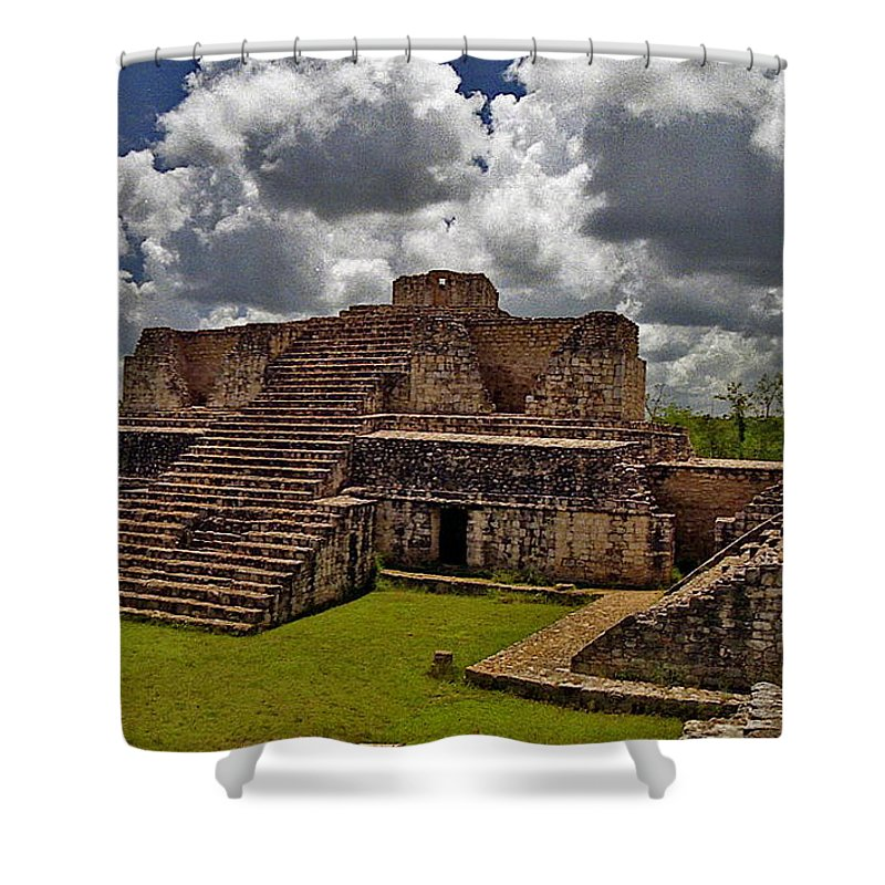 Mayan Shower Curtain featuring the photograph Chichen Itza 2 by Michael Peychich