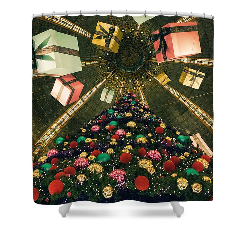 Christmas Shower Curtain featuring the photograph Christmas In Paris 2010 - #2 by Sophia Pagan