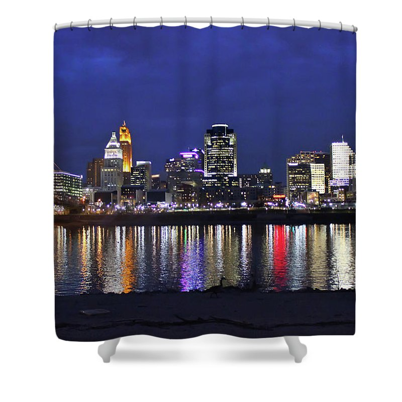 Skyline Shower Curtain featuring the photograph Cincinnati Night Lights by Tonya Peters