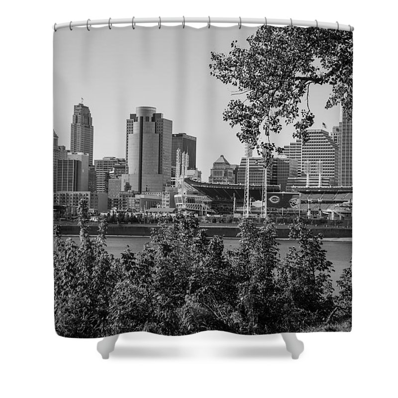 Cincinnati Shower Curtain featuring the photograph Cincinnati Skyline Through Trees by John McGraw