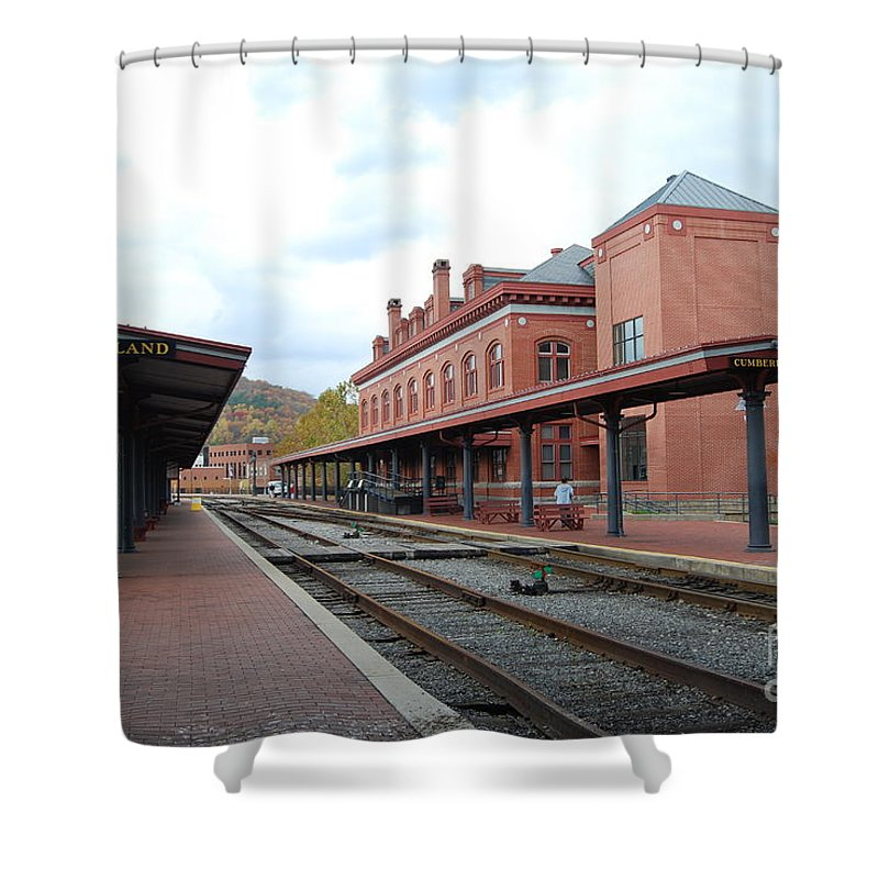 Historic Shower Curtain featuring the photograph Cumberland City station by Eric Liller