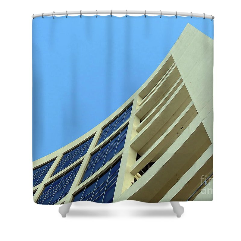 Building.modern Architecture Shower Curtain featuring the photograph Clean Lines by Carlos Amaro