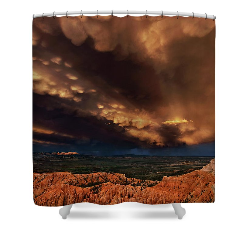 North America Shower Curtain featuring the photograph Clouds And Thunderstorm Bryce Canyon National Park by Dave Welling