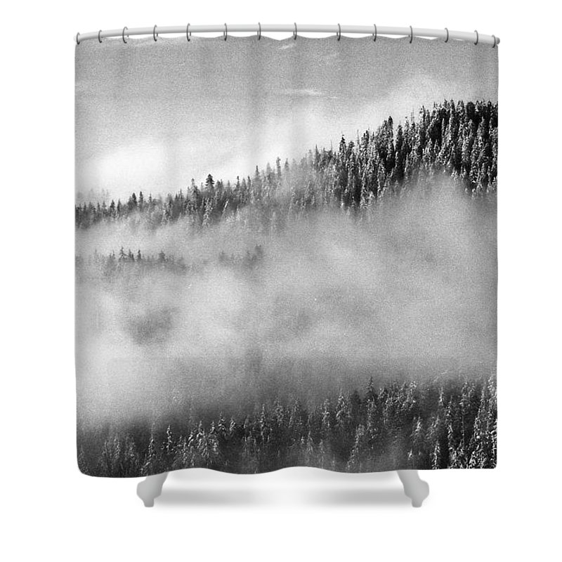 Black And White Shower Curtain featuring the photograph Clouds At The Ridge by Lyle Crump
