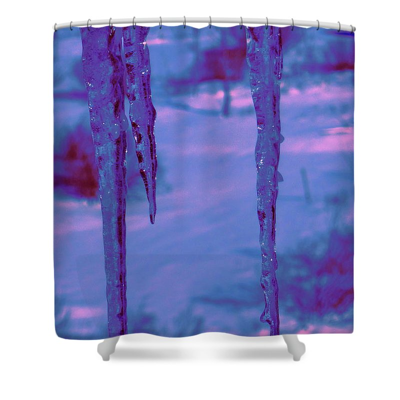Water Shower Curtain featuring the photograph Cold Night Falling by Sybil Staples