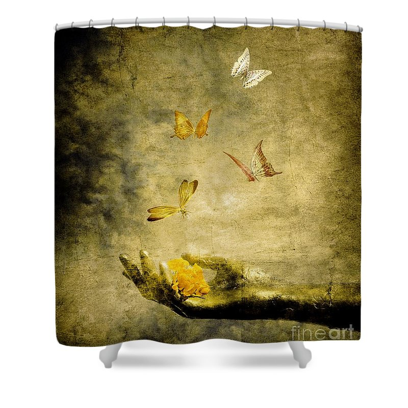 Inspirational Shower Curtain featuring the painting Connect by Jacky Gerritsen