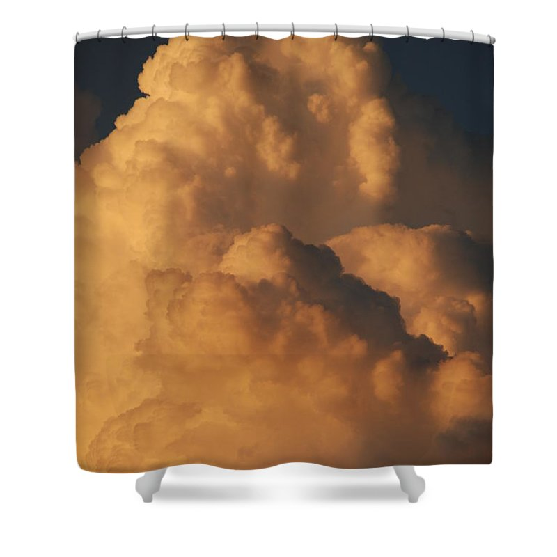 Clouds Shower Curtain featuring the photograph Coppermouth by Rob Hans