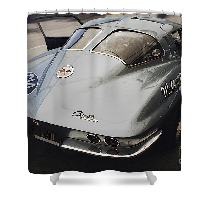 Corvette Split Window Shower Curtain featuring the photograph Corvette Split Window by Curt Johnson