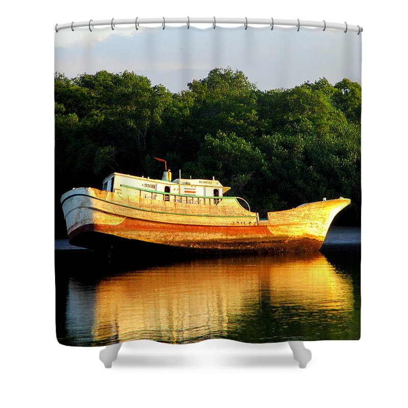 Costa Rica Shower Curtain featuring the photograph Costa Rica Wreck 5 by Randall Weidner
