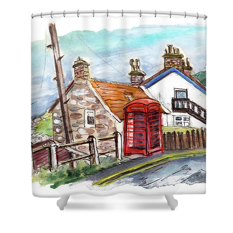 Travel Shower Curtain featuring the painting Cottages In Runswick Bay by Miki De Goodaboom
