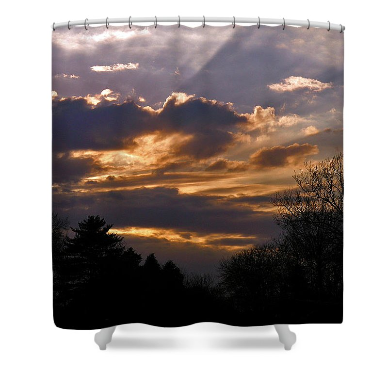 Cloud Shower Curtain featuring the photograph Crown Cloud by Albert Stewart