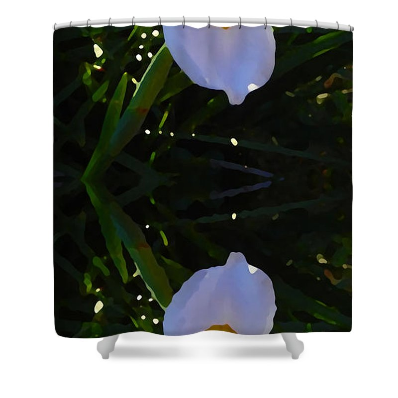 Daylily Shower Curtain featuring the painting Day Lily Reflection by Amy Vangsgard