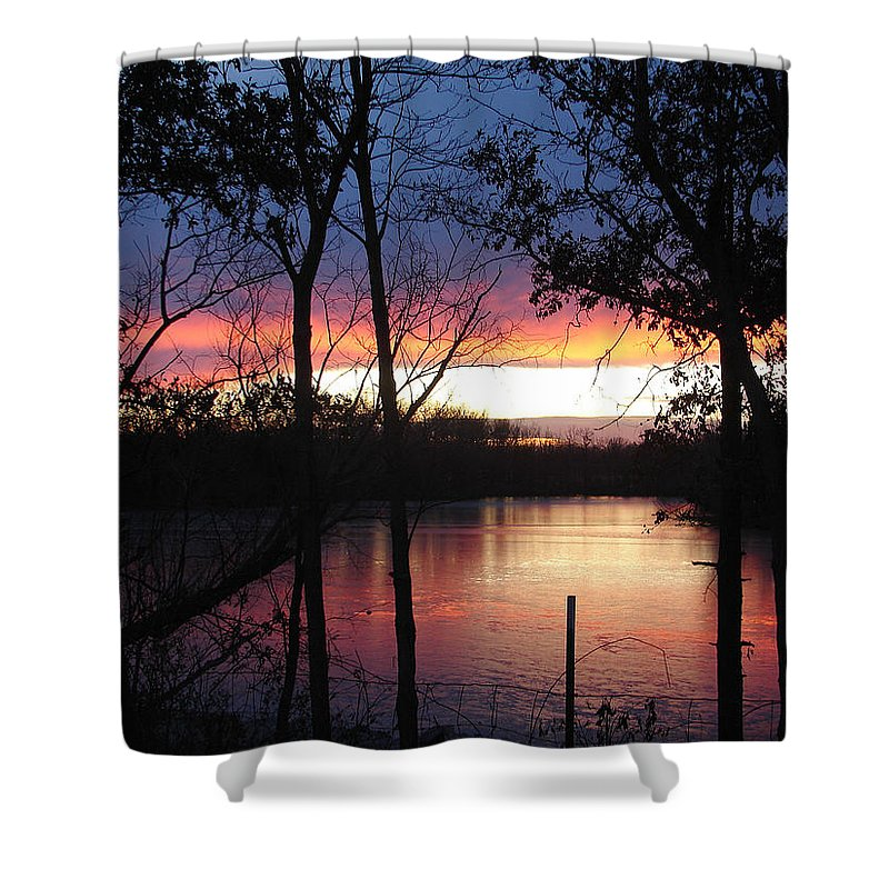 Red Gold Blue Lake Trees Shower Curtain featuring the photograph December Sunset by Luciana Seymour