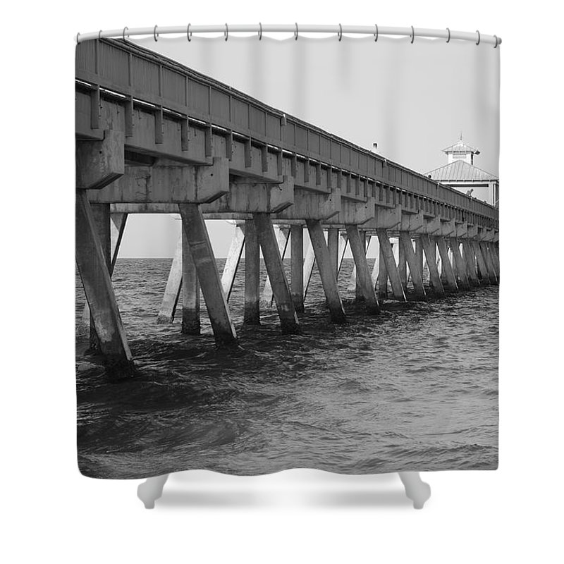 Architecture Shower Curtain featuring the photograph Deerfield Beach Pier by Rob Hans