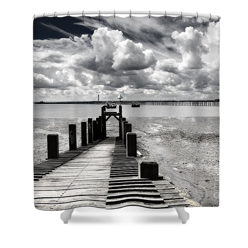 Wharf Southend Essex England Beach Sky Shower Curtain featuring the photograph Derelict Wharf by Sheila Smart Fine Art Photography