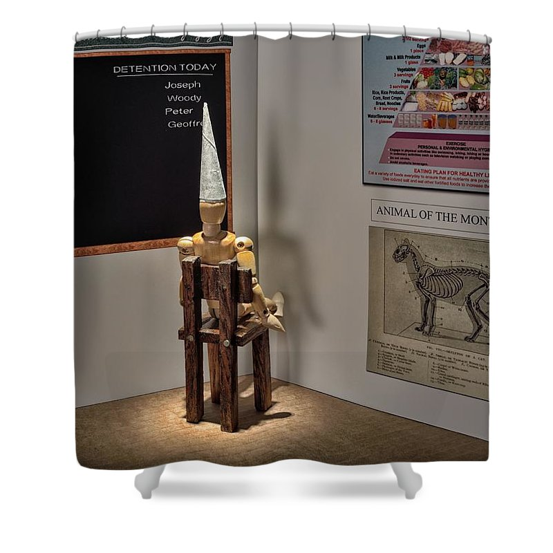 Wood Shower Curtain featuring the photograph Dunce by Mark Fuller