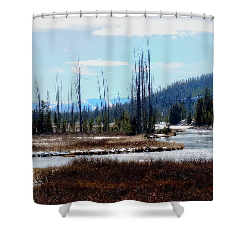 Yellowstone Shower Curtain featuring the photograph Early Winter On The Yellowstone by Tracie Fernandez