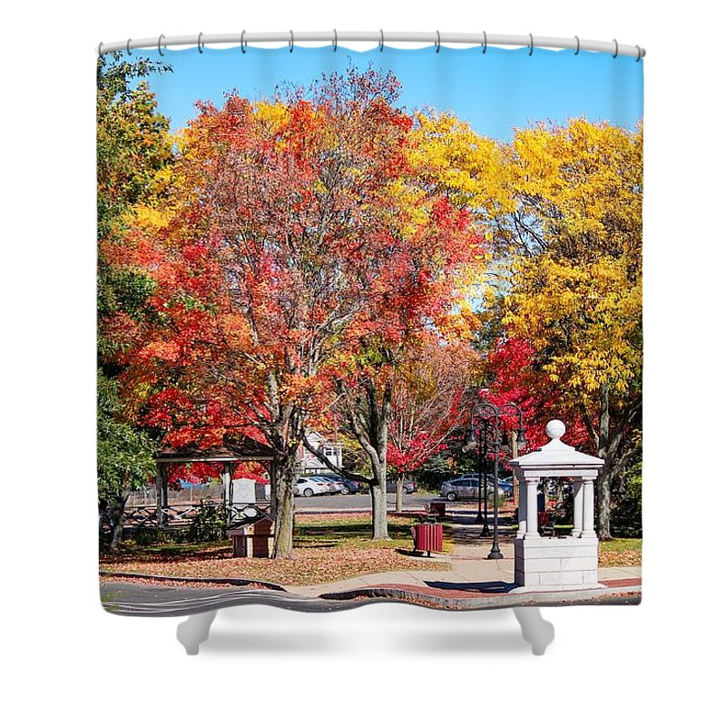 Easthampton Shower Curtain featuring the photograph Easthampton Center In The Fall by Sven Kielhorn